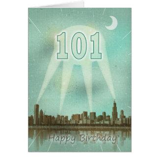 101st Cartão de aniversário com uma cidade e os