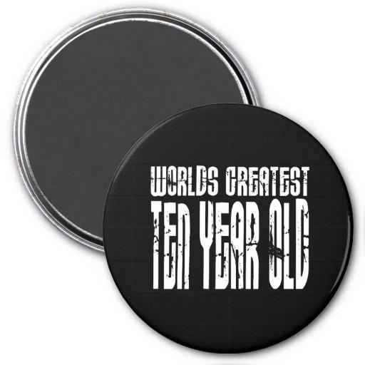 10o Criança de dez anos dos mundos das festas de a Imas