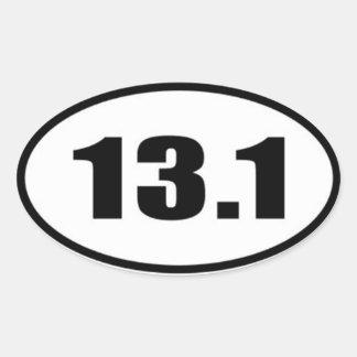 13,1 Texto preto da etiqueta no fundo branco Adesivo Oval