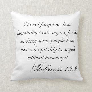13:2 hebreu almofada