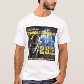 25 anos de Frank Petrucell de camisa do CD dos