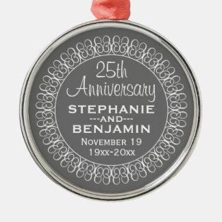 25o Aniversário de casamento personalizado Ornamento Redondo Cor Prata