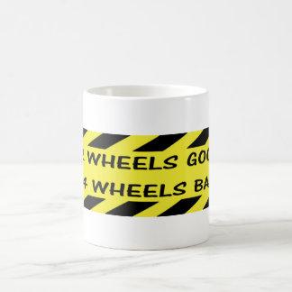 """""""2 boas"""" canecas feitas sob encomenda das rodas"""