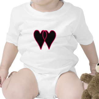 2 corações enegrecem junto os presentes de Zazzle  Tshirts