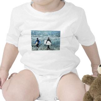 2 surfistas macacãozinho para bebês
