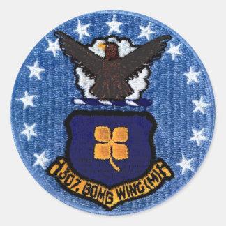 307th Etiqueta da asa da bomba (grande) Adesivo
