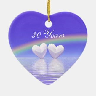 30o Corações da pérola do aniversário Ornamento De Cerâmica Coração