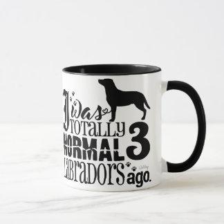 3 Labradors há Caneca