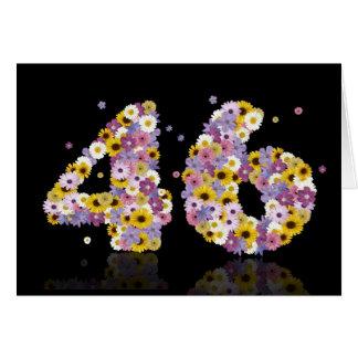 46th cartão de aniversário com letras floridos