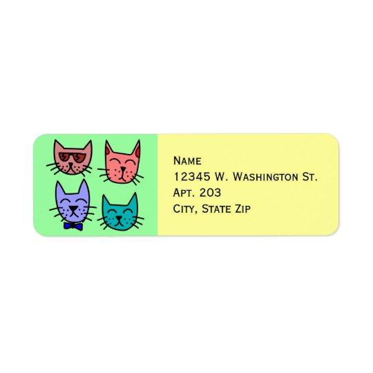 4 caras bonitos engraçadas coloridas do gato dos etiqueta endereço de retorno