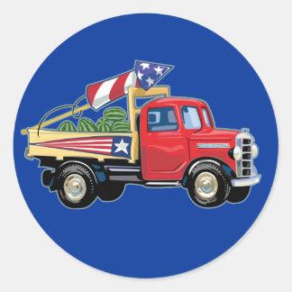 4o do caminhão do vintage de julho adesivos redondos