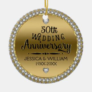 50th Diamantes e ouro do aniversário de casamento Ornamento De Cerâmica Redondo