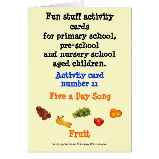 5 uma fruta do dia - cartão de nota do tamanho da
