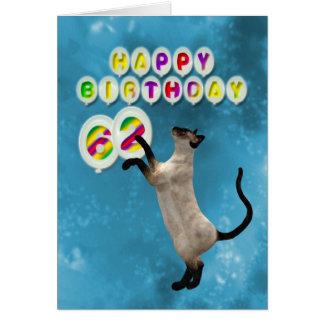 62nd Cartão de aniversário com gatos siamese