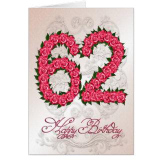 62nd cartão de aniversário com rosas e folhas
