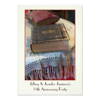 75th Bíblia do vintage do convite da festa de