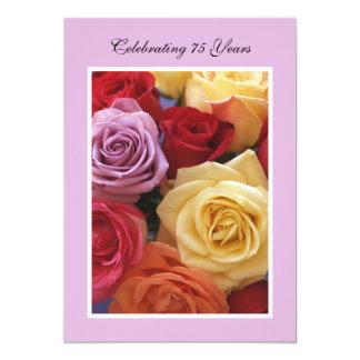 75th Rosas bonitos do convite de aniversário