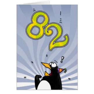 82nd aniversário - cartão da surpresa do pinguim