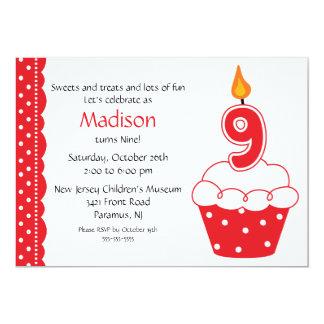 9o Convite do cupcake do aniversário