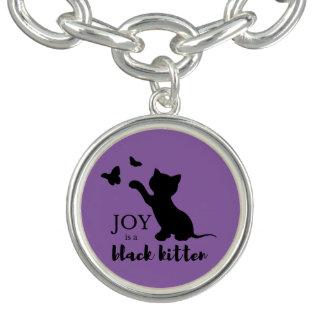A alegria é um gatinho preto bracelete