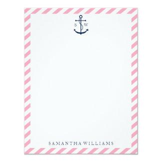 A âncora azul no rosa listra o monograma convite 10.79 x 13.97cm