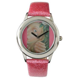 A aparência do relógio da menina da véspera