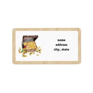 A arca do tesouro do pirata no papel da dobra etiqueta de endereço