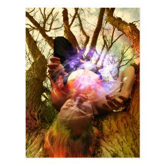 A arte pendurada do cartão de Tarot do homem