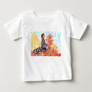 A árvore de doação Praying da menina do nativo Camiseta Para Bebê