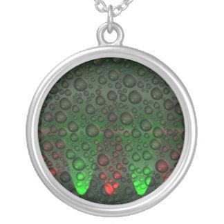 A ascensão borbulha colar verde/vermelha