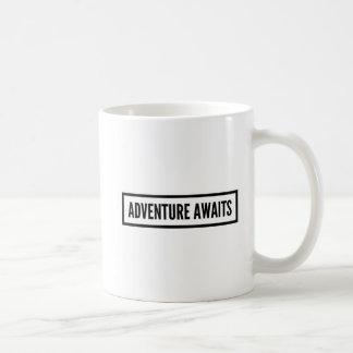 A aventura espera a caneca