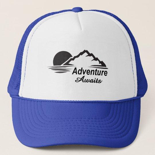A aventura espera o excelente da natureza fora boné