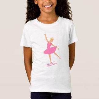 A bailarina no tutu cor-de-rosa adiciona o nome camiseta