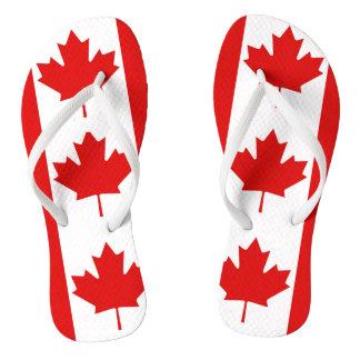 A bandeira da folha de bordo de Canadá Chinelos