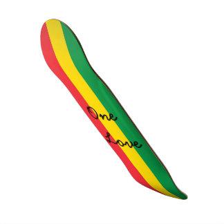 A bandeira vermelha do amarelo do verde da cor de shape de skate 18,1cm