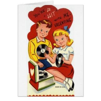 A batida retro grava o cartão do dia dos namorados
