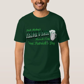 A Bebida-o-Rama de Mickey do irlandês Tshirts