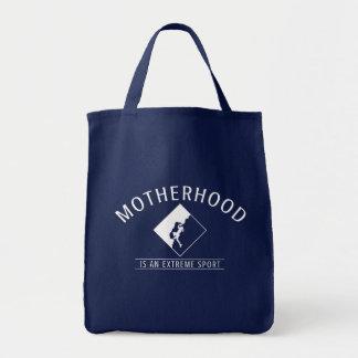 A bolsa de compra azul: A maternidade é um esporte