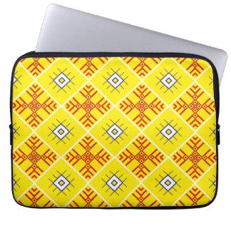 A bolsa de laptop eslavo tradicional do neopreno capa para laptop