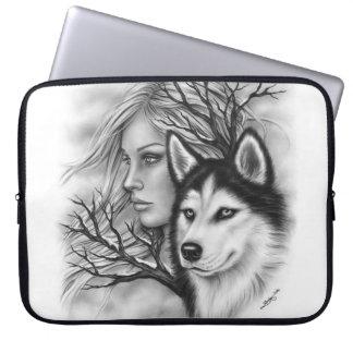 A bolsa de laptop ronca da menina do lobo das capas para notebook