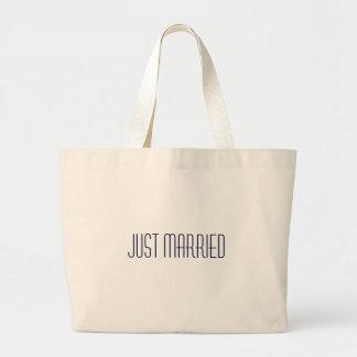 A bolsa de praia do recem casados - lua de mel pro