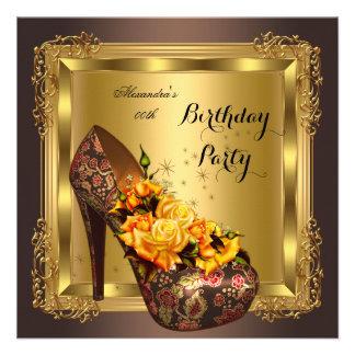 A bolsa mensageifesta de aniversario elegante dos convites