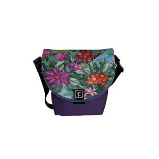 A bolsa mensageiro azul floral & da borboleta