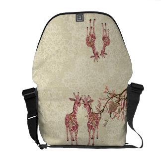 A bolsa mensageiro da flor de cerejeira do girafa