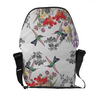 A bolsa mensageiro do jardim dos pássaros do