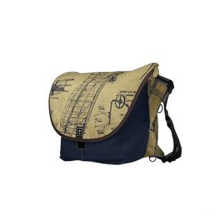 A bolsa mensageiro do marinho do estilo do vintage