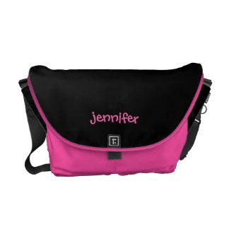 A bolsa mensageiro personalizada, algum nome, rosa