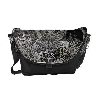 A bolsa mensageiro preto e branco original do dese