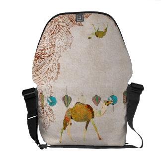 A bolsa mensageiro sonhadora do camelo