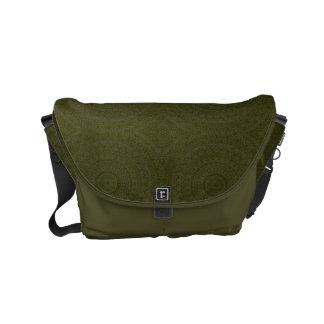 A bolsa mensageiro verde-oliva do design de HAMbWG